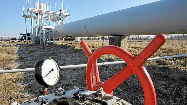 1-1-gas-pipeline-hq-afp